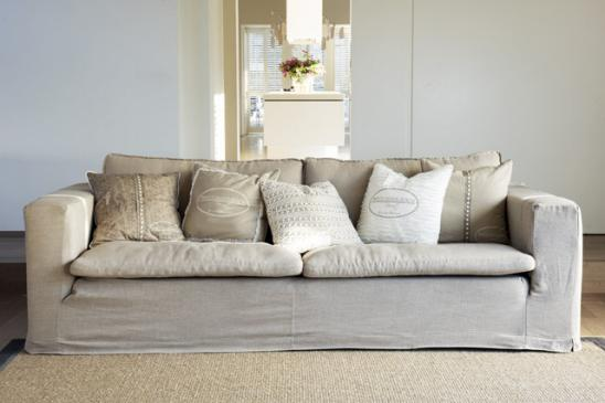 Landhausstil - Hussensofa in beige